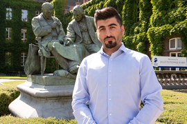 Image of (468221) Mahmoud Nani (Syria), the first refugee student to graduate as an Engineer from the UMONS Faculty of Engineering